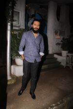 Riteish Deshmukh snapped on 10th Oct 2016 (10)_57fc7ea98e996.JPG