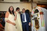 Amitabh Bachchan celebrates his birthday with media on 11th Oct 2016 (26)_57fdcc543cd8e.JPG