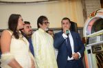 Amitabh Bachchan celebrates his birthday with media on 11th Oct 2016 (30)_57fdcc744cdfd.JPG
