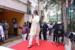Amitabh Bachchan celebrates his birthday with media on 11th Oct 2016 (77)_57fdce53c1f03.JPG