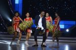 DJ Bravo on the sets of Jhalak dikhhla jaa season 9 on 11th Oct 2016 (137)_57fdce9c1771c.JPG