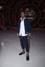 DJ Bravo on the sets of Jhalak dikhhla jaa season 9 on 11th Oct 2016 (153)_57fdcf38ee3c3.JPG