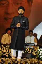 Jaswinder Singh at Jagjit Singh tribute concert with Tum Bin 2 team and T-Series on 10th Oct 2016 (21)_57fdc497d25af.JPG