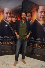 Irrfan Khan at Inferno premiere on 12th Oct 2016 (4)_57ff3a91e285c.JPG