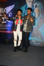 Arjun Kapoor and Varun Dhawan andduring the launch of new season of Style Inc on TLC network in Mumbai on 13th Oct 2016 (4)_5800bca5b4e14.jpg