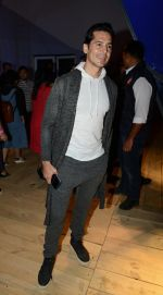Dino Morea at Love Genration show on 12th Oct 2016 (5)_58005d75d35c1.jpg