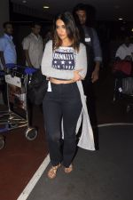 Ileana D_Cruz snapped at airport on 13th Oct 2016 (33)_5800c580874cd.JPG