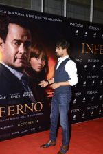 Irrfan Khan at Inferno premiere on 12th Oct 2016 (25)_5800b5d177435.JPG