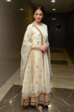 Laxmi Rai in Sabyasachi on 13th Oct 2016 (10)_580068f138025.JPG