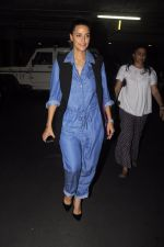 Neha Dhupia snapped at airport on 13th Oct 2016 (10)_5800c5a570826.JPG