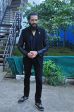 Riteish Deshmukh on the sets of Yaadon Ki Baarat on 13th Oct 2016 (36)_5800c8f6bc88a.JPG