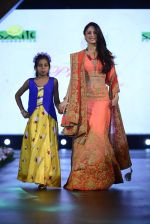 Sandeepa Dhar at Smile Foundation charity fashion show on 13th Oct 2016 (105)_5800d089607ed.JPG