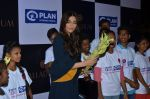 Sonam Kapoor at plan india event on 13th Oct 2016 (6)_58006865a52a6.JPG