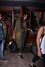 Sonam Kapoor snapped on 12th Oct 2016 (20)_58005bfa17f98.JPG