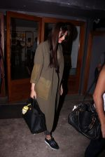 Sonam Kapoor snapped on 12th Oct 2016 (23)_58005c81aee39.JPG