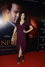 Sonnalli Seygall at Inferno premiere on 12th Oct 2016 (59)_5800b7b981efd.JPG