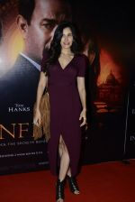 Sonnalli Seygall at Inferno premiere on 12th Oct 2016 (63)_5800b80645917.JPG