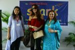 Suzanne Khan inaugurate Archana Trust exhibition on 12th Oct 2016 (28)_58005c0443bcf.JPG