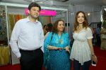 Suzanne Khan inaugurate Archana Trust exhibition on 12th Oct 2016 (41)_58005bddb5c1b.JPG