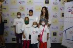 Twinkle khanna inaugurate helping hands exhibition in st regis on 13th Oct 2016 (50)_5800bd72eeb10.JPG