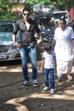 Zayed Khan on the sets of his mom_s food show on 13th Oct 2016 (19)_5800c4532ba49.JPG