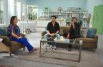 Zayed Khan with Reitesh on the sets of his mom_s food show on 13th Oct 2016 (30)_5800c489f03ff.JPG