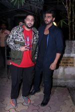 Arjun Kapoor snapped with Badshah on 14th Oct 2016 (11)_580221ea6d3f6.JPG