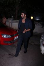 Arjun Kapoor snapped with Badshah on 14th Oct 2016 (13)_580221fa3b137.JPG