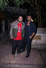 Arjun Kapoor snapped with Badshah on 14th Oct 2016 (8)_580221d170f8f.JPG