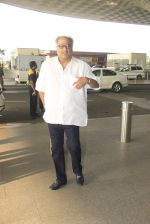 Boney Kapoor snapped at airport on 14th Oct 2016 (42)_5802161ecd2a2.JPG