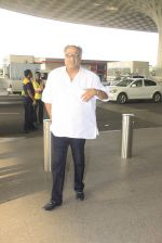 Boney Kapoor snapped at airport on 14th Oct 2016 (41)_5802161102020.JPG