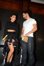 Jacqueline Fernandez, Varun Dhawan during the success party of the film Dishoom on 14th Oct 2016 (67)_5802277064209.JPG