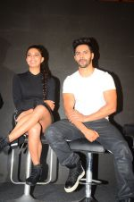 Jacqueline Fernandez, Varun Dhawan during the success party of the film Dishoom on 14th Oct 2016 (76)_5802288ce8b61.JPG