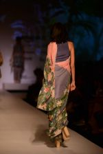 Model walk the ramp for Asheema Leena show on day 2 of AIFW on 14th Oct 2016 (6)_5802136127e1d.jpg