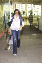 Sridevi snapped at airport on 14th Oct 2016 (74)_58021971dc30c.JPG