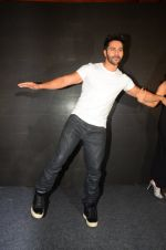 Varun Dhawan during the success party of the film Dishoom on 14th Oct 2016 (100)_580228f26d0f5.JPG