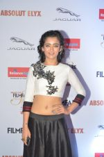 Akshara Haasan at Filmfare Glamour & Style Awards 2016 in Mumbai on 15th Oct 2016 (1468)_5804d741baace.JPG