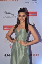 Alia Bhatt at Filmfare Glamour & Style Awards 2016 in Mumbai on 15th Oct 2016 (1776)_5804d76065ac0.JPG