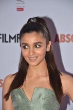 Alia Bhatt at Filmfare Glamour & Style Awards 2016 in Mumbai on 15th Oct 2016 (1782)_5804d7653246a.JPG