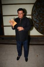 Anup Jalota at Hema Malini_s bday party on 16th Oct 2016 (92)_5804c72b8e99a.JPG