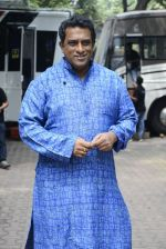 Anurag Basu on the sets of Super Dancer on 16th Oct 2016 (86)_5804bea2bbb92.JPG