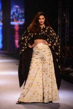 Athiya Shetty walks for Masaba at Amazon India Fashion Week on 15th Oct 2016 (34)_5804a2efe8ef7.jpg