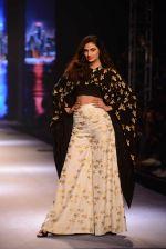 Athiya Shetty walks for Masaba at Amazon India Fashion Week on 15th Oct 2016 (39)_5804a2f39505f.jpg