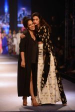 Athiya Shetty walks for Masaba at Amazon India Fashion Week on 15th Oct 2016 (45)_5804a2f7f1c7b.jpg