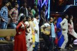 Baba Ramdev on the sets of Super Dancer on 16th Oct 2016 (22)_5804be4aa5f0a.JPG