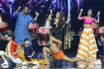 Baba Ramdev on the sets of Super Dancer on 16th Oct 2016 (27)_5804be4f86204.JPG