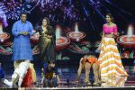 Baba Ramdev on the sets of Super Dancer on 16th Oct 2016 (34)_5804be544876e.JPG