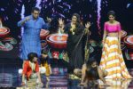 Baba Ramdev on the sets of Super Dancer on 16th Oct 2016 (36)_5804be550b062.JPG