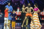 Baba Ramdev on the sets of Super Dancer on 16th Oct 2016 (37)_5804bea520ce2.JPG