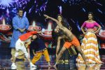 Baba Ramdev on the sets of Super Dancer on 16th Oct 2016 (40)_5804be56b2f93.JPG
